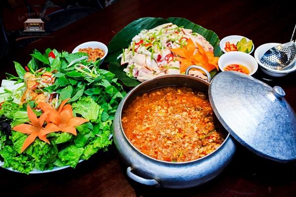 quán ăn sạch sẽ tại Hà Nội